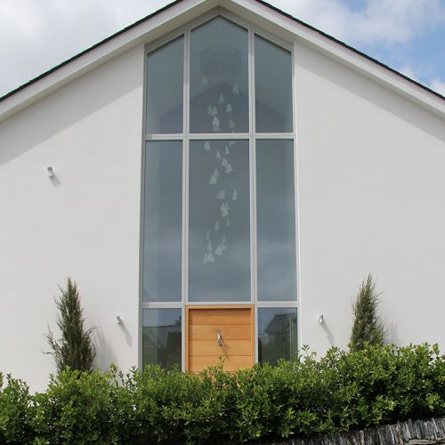 Aluminium bespoke window installation